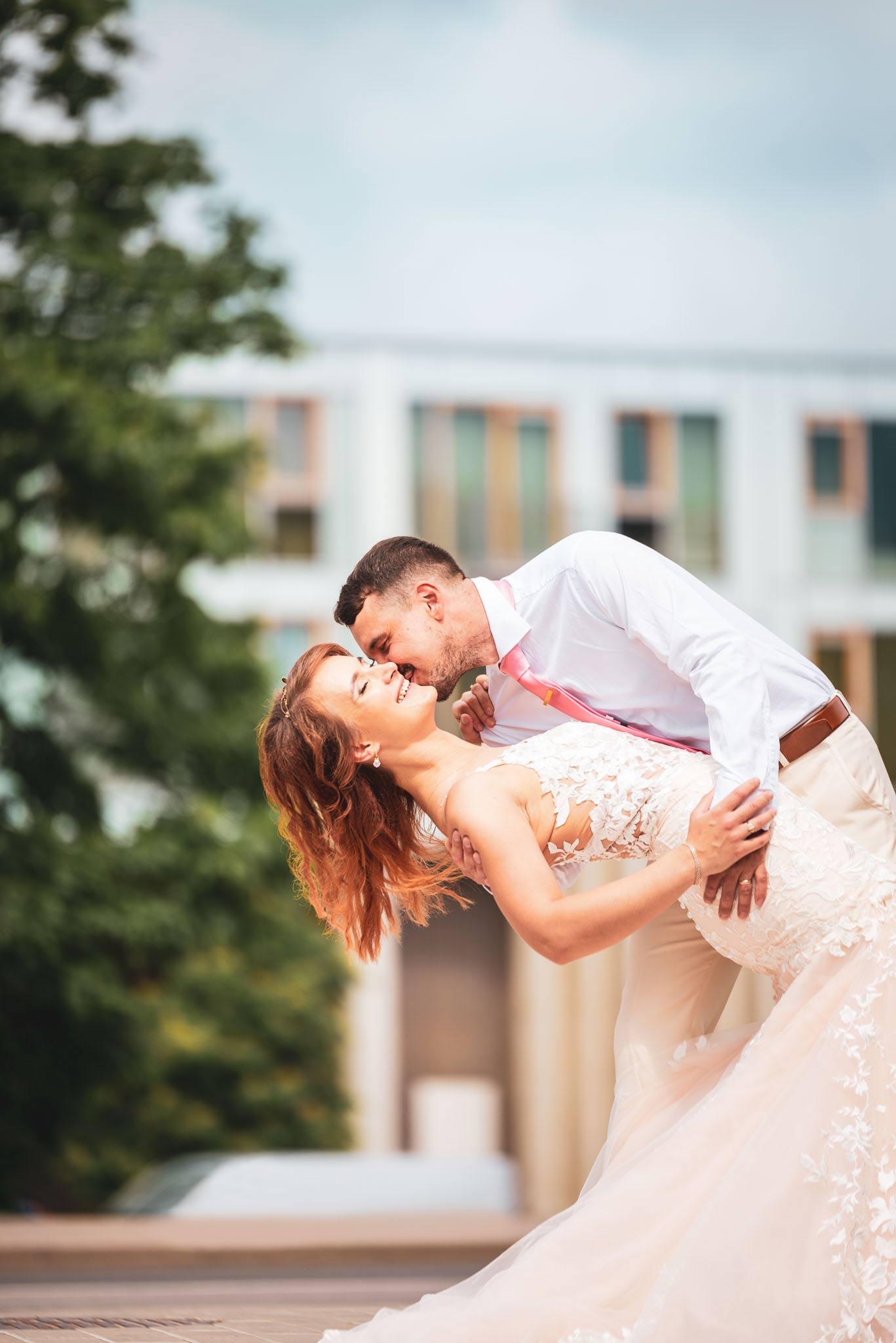 Pruutpaar Tartu fotograaf ja pulmavideo